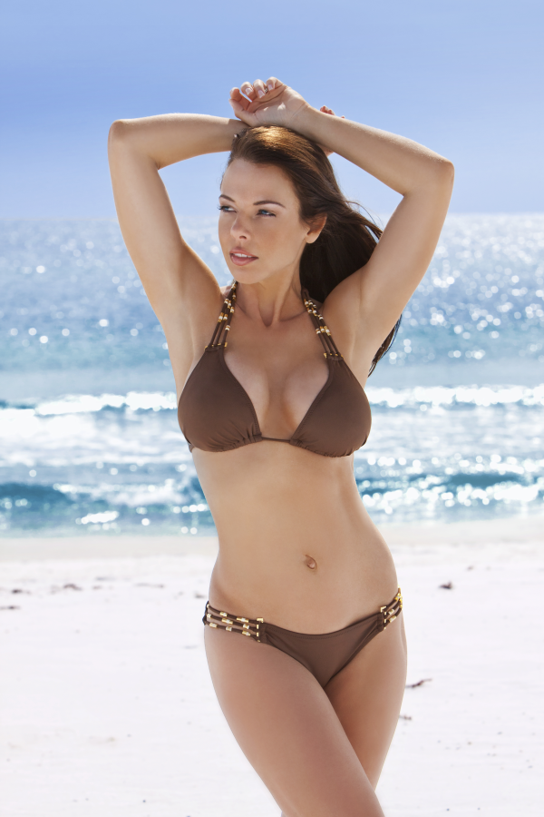 rabecca brown swimsuit beach vertical-resized-600